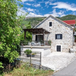 Stone house (villa), Tivat